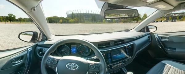 Wirtualna Wycieczka Toyota Auris Wnętrze Pojazdu